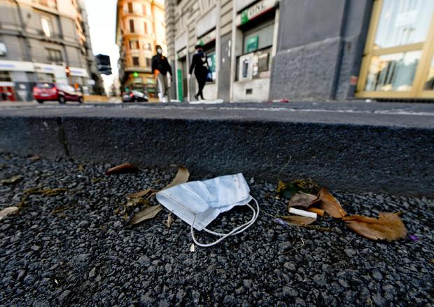 riciclare mascherine strade